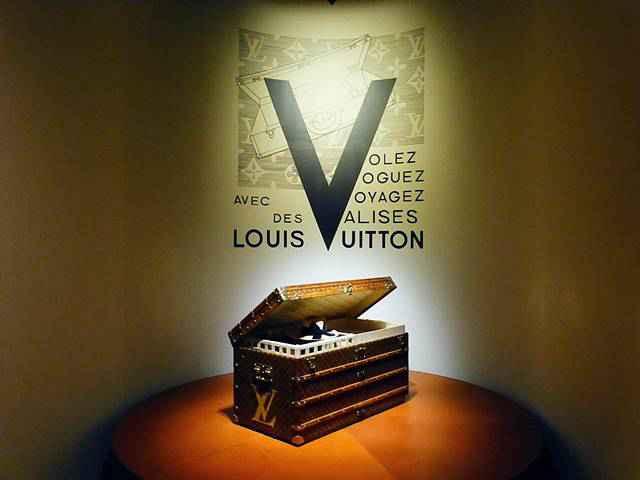 Louis Vuitton (18)