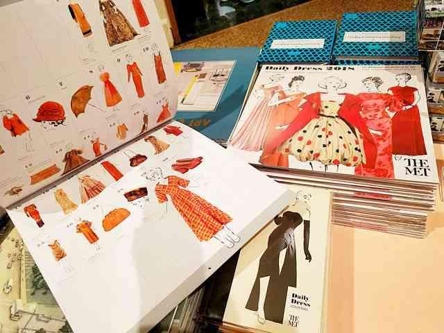 MET Gift Shop (1)
