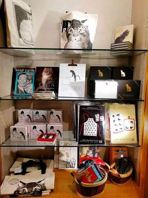 MET Gift Shop (11)