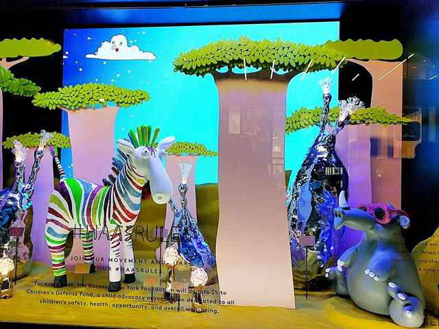 Barneys New York Holiday Window (1)