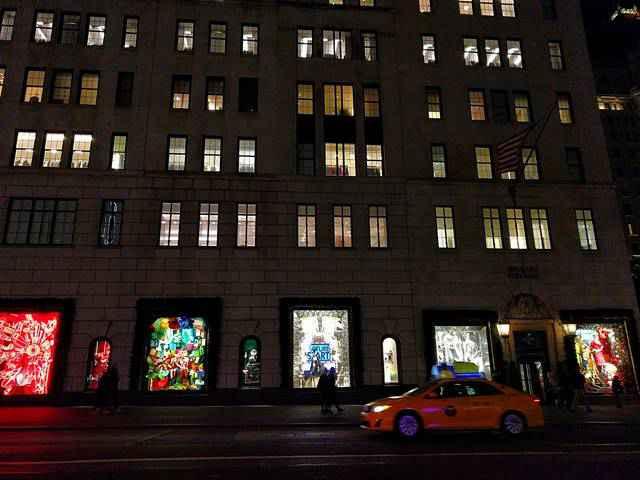 Bergdorf Goodman Holiday Windows 2017 (1)