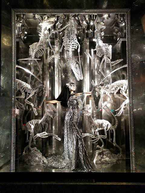 Bergdorf Goodman Holiday Windows 2017 (7)