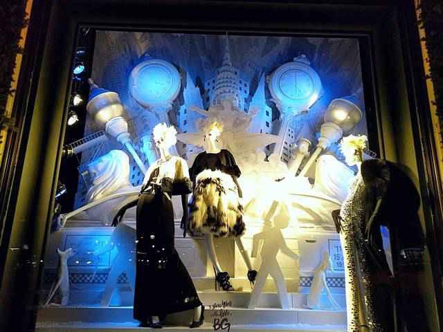 Bergdorf Goodman Holiday Windows 2017 (9)