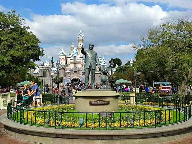 Disneyland California (5)