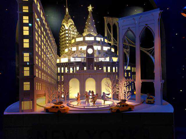 Lord & Taylor Holiday Window (12)
