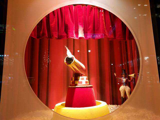 Lord & Taylor Holiday Window (5)