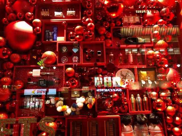 Macy's NYC Holiday Window (13)