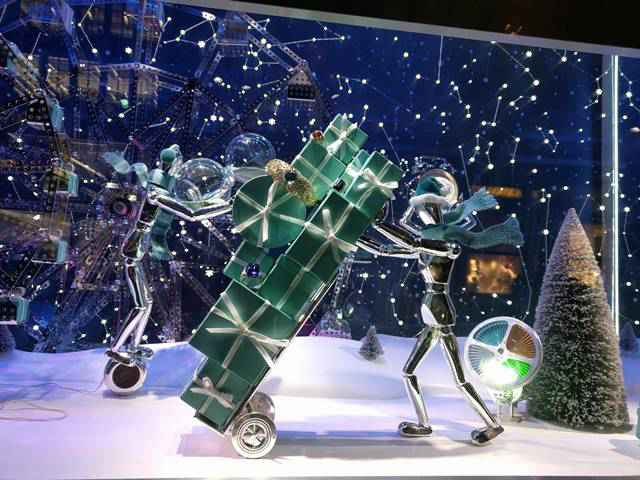 Tiffany Holiday Window 2017 (7)