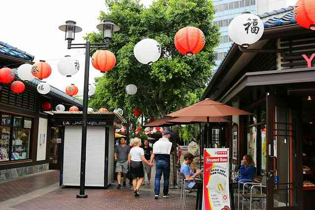 Japanese Village LA (9)