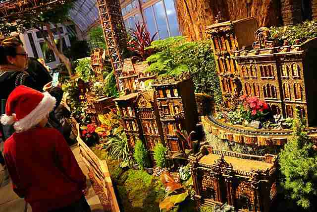 NYBG Holiday Train Show (19)