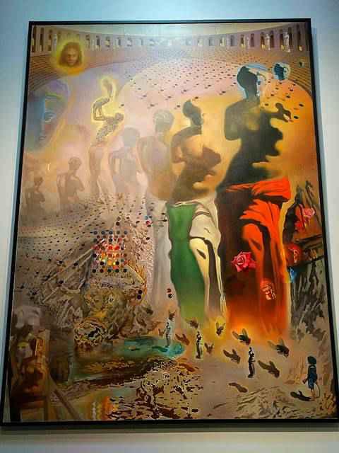 Salvador Dalí Museum (33)