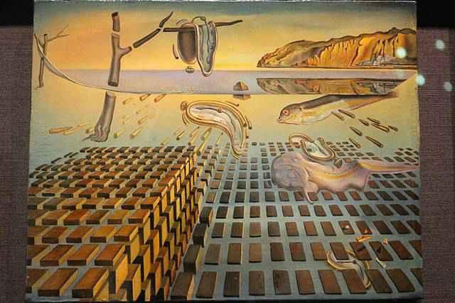 Salvador Dalí Museum (8)