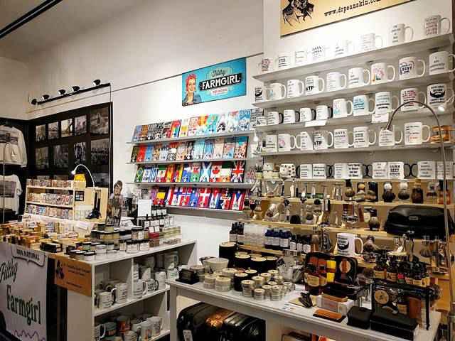 NYヘラルドスクエアの個性派雑貨マーケット Market 34 NYC