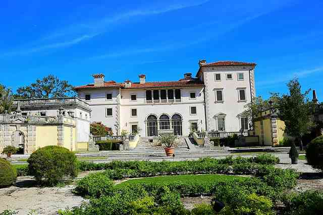 Vizcaya Museum and Gardens (1)