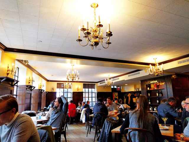 Peter Luger Steak House (7)