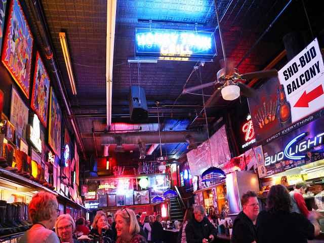 Nashville (14)