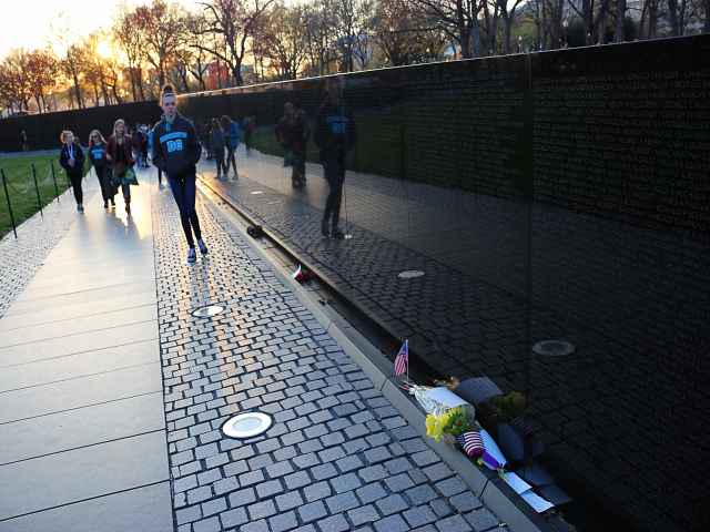 Vietnam Veterans Memorial (4)
