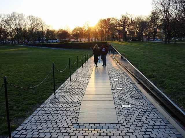 Vietnam Veterans Memorial (5)