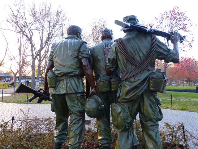 Vietnam Veterans Memorial (6)
