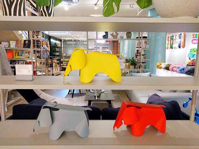 MoMA Design Store (5)