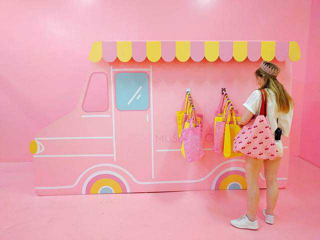 Museum of Ice Cream (10)
