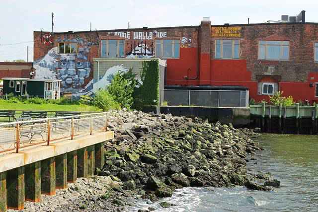 Red Hook (4)