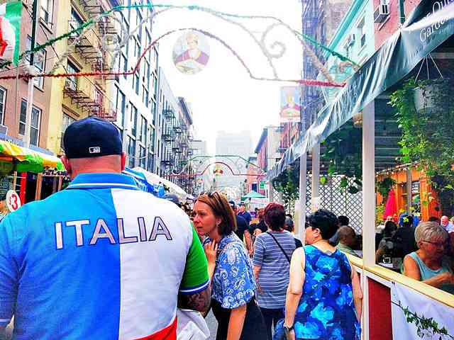 Feast of San Gennaro (16)