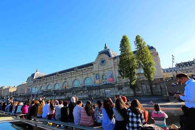 Bateaux Parisiens Seine River Cruise (15)