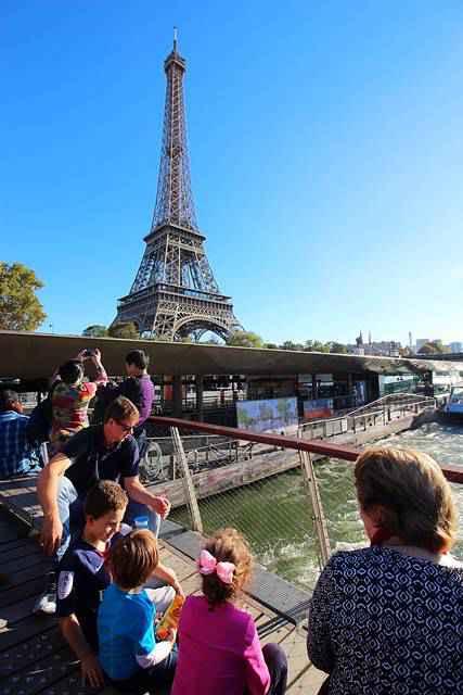 Bateaux Parisiens Seine River Cruise (18)