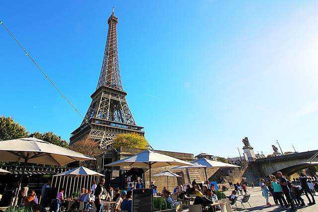 Bateaux Parisiens Seine River Cruise (21)