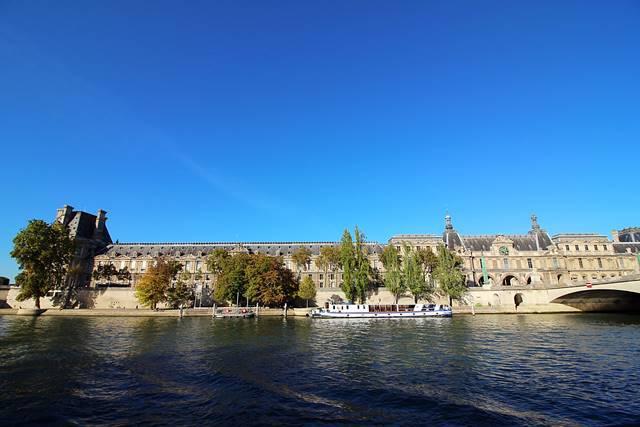 Bateaux Parisiens Seine River Cruise (25)