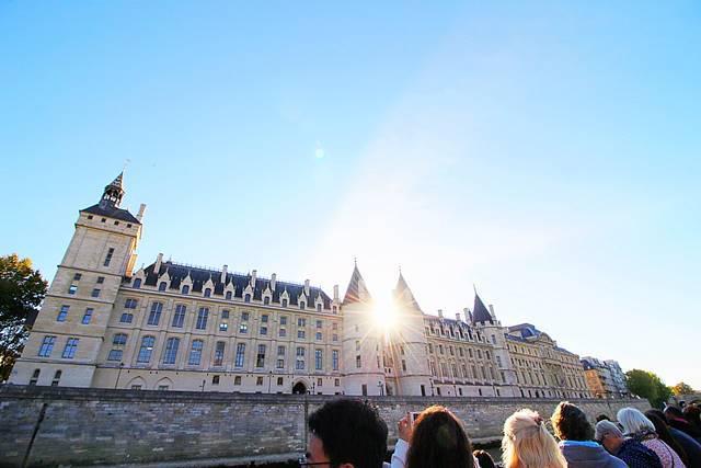 Bateaux Parisiens Seine River Cruise (30)