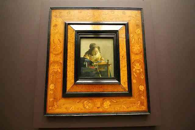 Louvre Museum (22)
