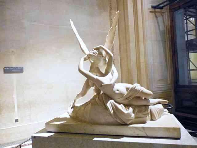 Louvre Museum (44)