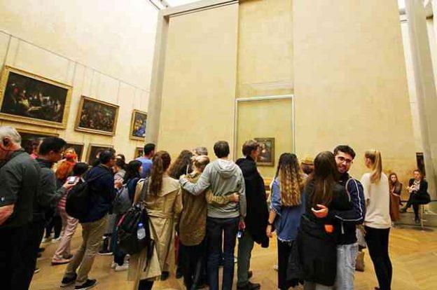 Louvre Museum (58)