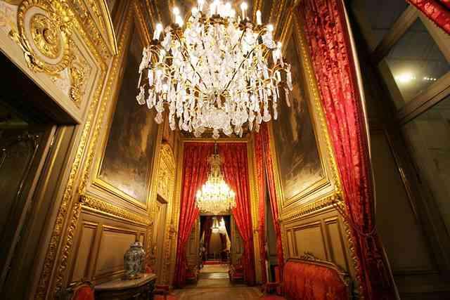 Louvre Museum (73)