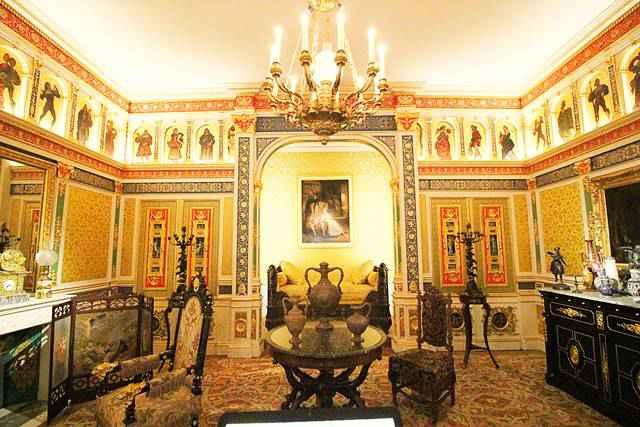 Museum of Decorative Arts (1)