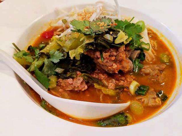 PuTawn Local Thai Kitchen (8)