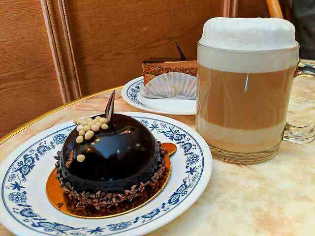 Cafe Riviera 8