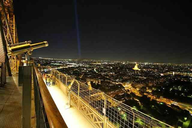 Eiffel Tower (16)
