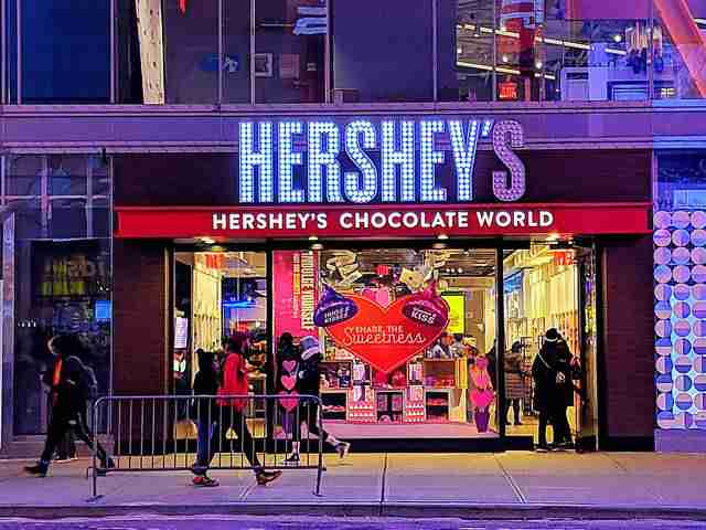 Hershey's Chocolate Times Square NY (2)