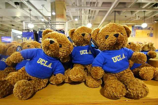 UCLA (3)