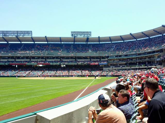 angels-stadium-image