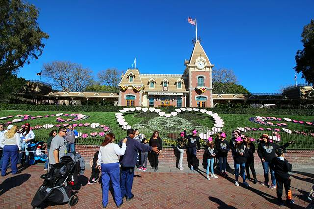 Disneyland Park California (1)