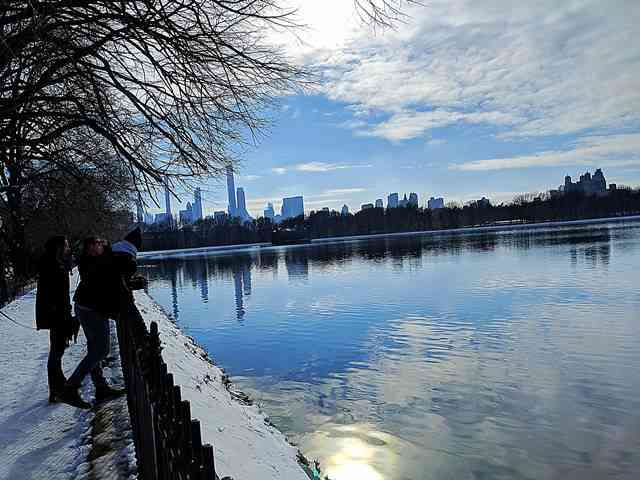 Central Park in Snow (3)