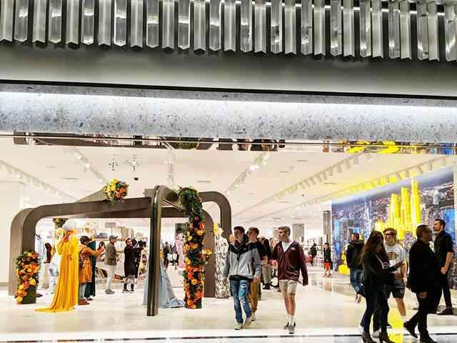 Neiman Marcus Hudson Yards (1)