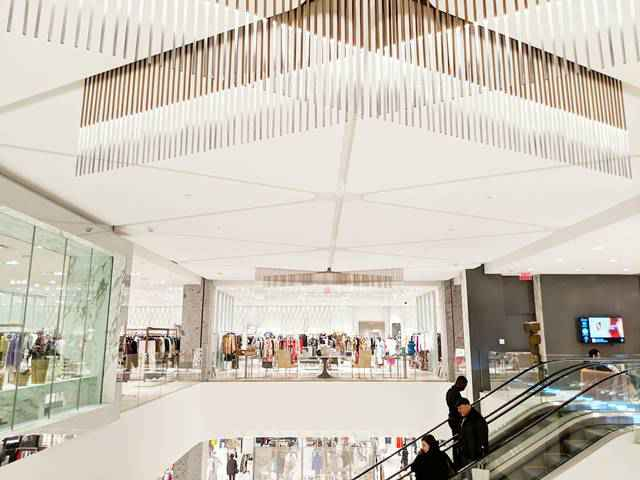 Neiman Marcus Hudson Yards (6)