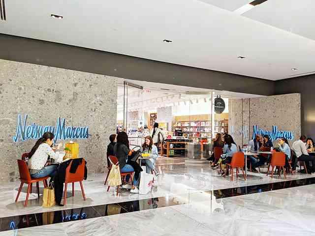 Neiman Marcus Hudson Yards (8)