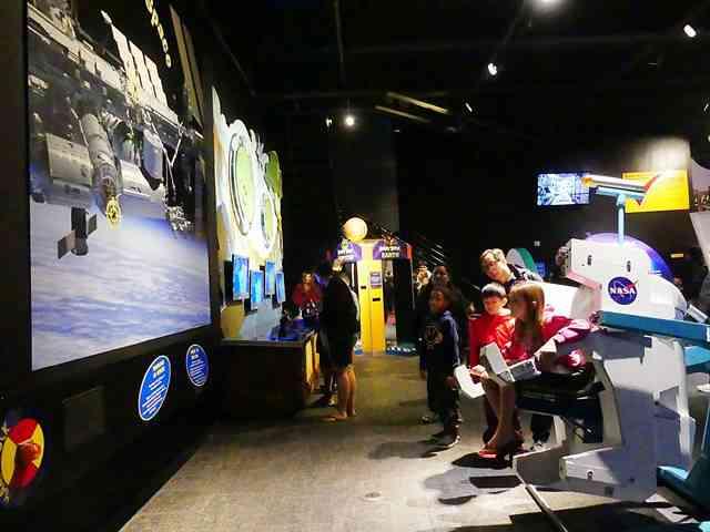 Space Center Houston (21)