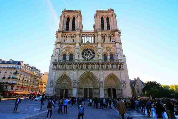 Notre Dame Paris (1)